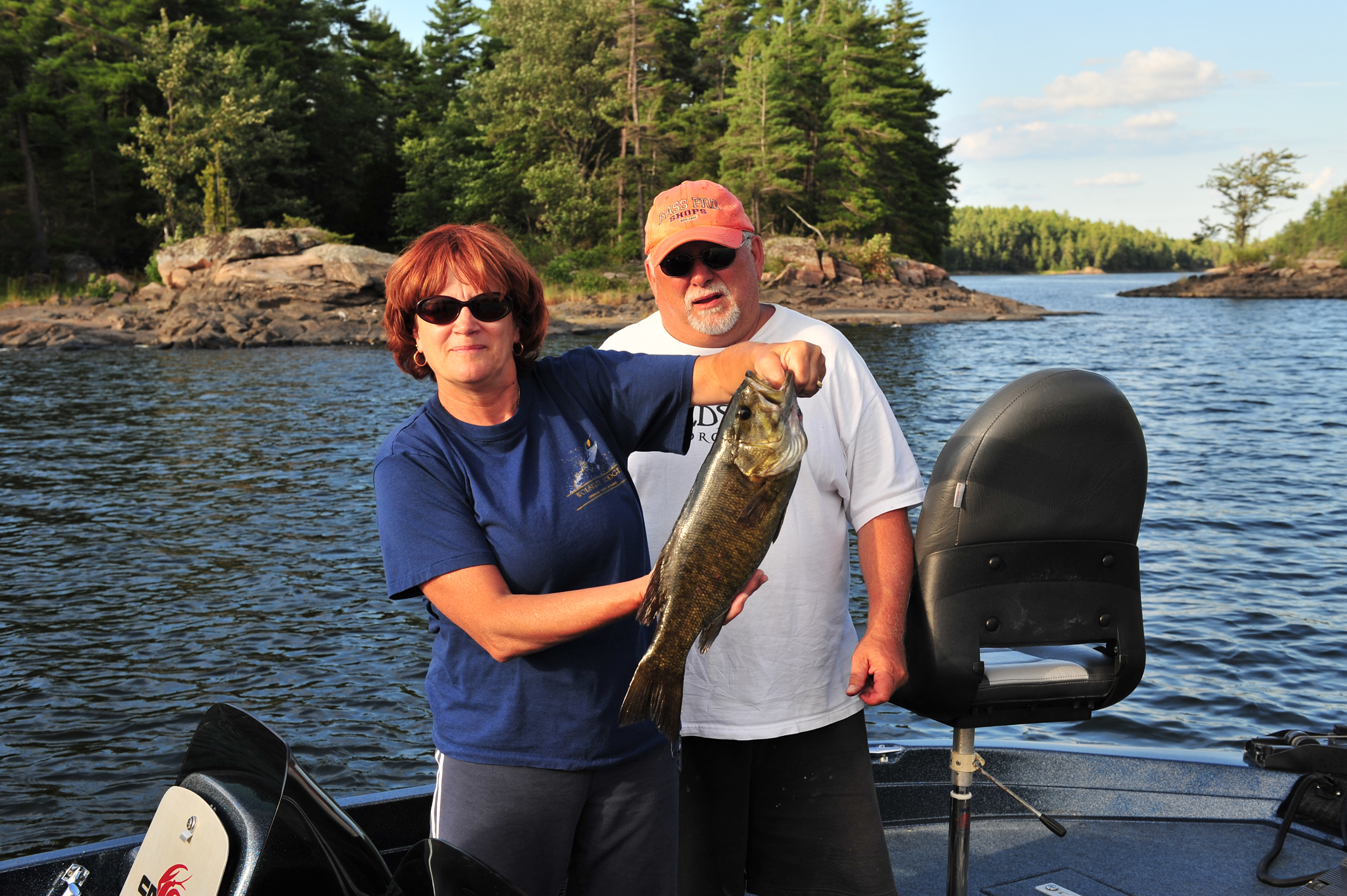 Bryer lodge ontario fishing lodge french river for Fishing in ontario canada